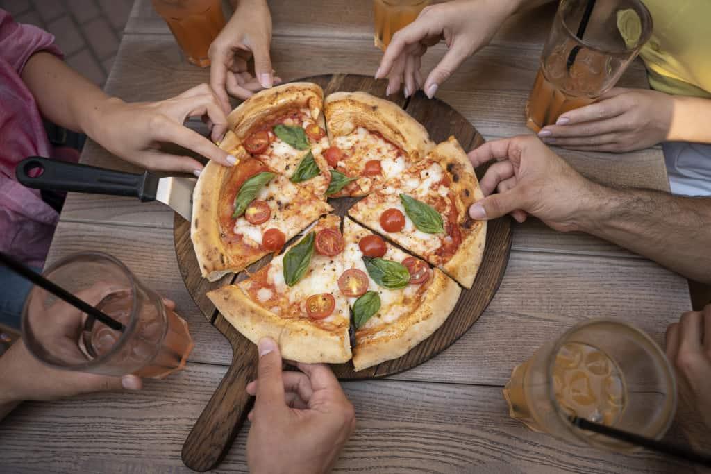 pizza elaborada con cerveza en raciones